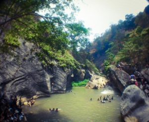 Rute Dan Lokasi Sanghyang Heuleut, Tempat Wisata Alam Yang Hits Di Bandung