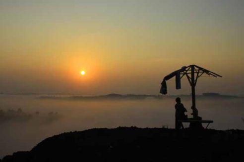 Lokasi dan Harga Tiket Masuk Gunung Ireng Gunung Kidul, Nikmati Keindahan Sunset dari Atas Kota Jogja