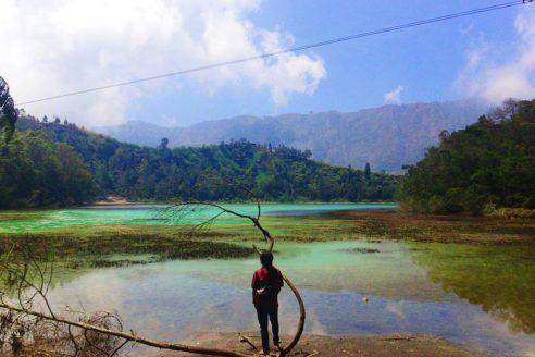 Lokasi dan Harga Tiket Masuk Telaga Warna Dieng Wonosobo, Spot Wisata Eksotis Yang Membuat Kita Enggan Beranjak Darinya