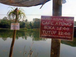 Lokasi dan Jam Buka Cafe Apung Kepanjen Malang, Serunya Menikmati Kuliner Sambil Mengapung Diatas Air