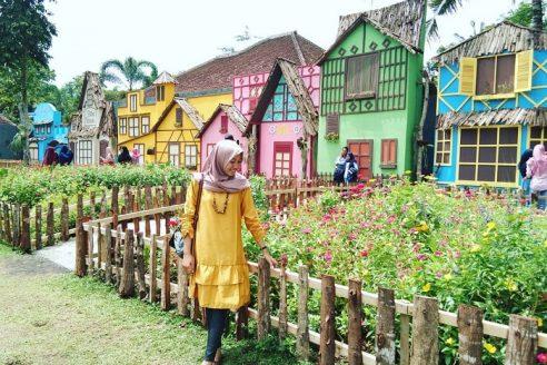 Lokasi dan Harga Tiket Masuk Dira Park Garden and Resto Ambulu Jember, Serunya Menikmati Liburan Serasa di Belanda