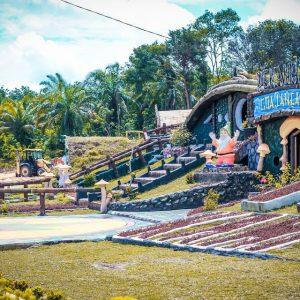 Harga Tiket Masuk dan Alamat Taman Wisata Refi Pekanbaru, Destinasi Wisata Hits Cocok Untuk Kalian Yang Suka Narsis