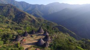 Lokasi dan Rute Menuju Desa Wae Rebo, Destinasi Desa Tradisional Yang Sangat Mempesona dari NTT