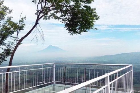 Jam Buka dan Lokasi De Mangol Jogja, Cafe Kekinian Dengan Suguhan View Yang Menawan