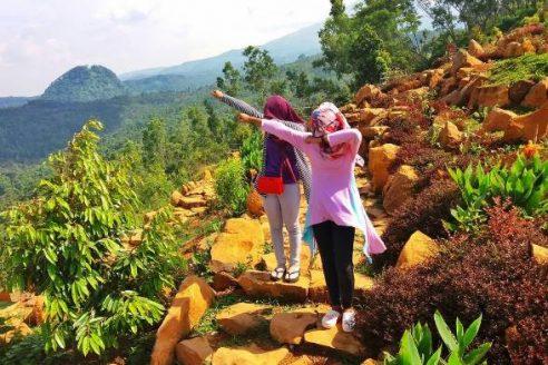 Harga Tiket Masuk dan Lokasi Bukit Surga Nganjuk, Persembahan Wisata Terbaru dari Kota Angin